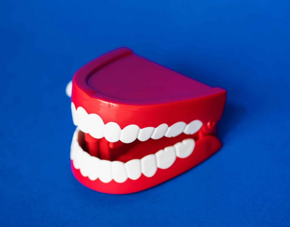 Permanent Vs Temporary Dentures: Pros and Cons