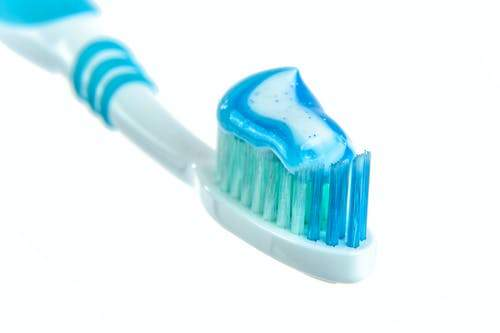 Is There a Difference Between Manual and Electric Toothbrushes